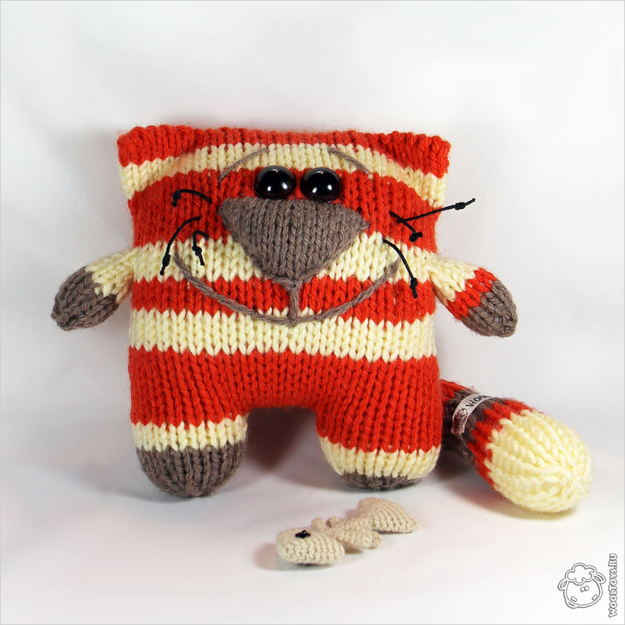knit a square make a toy ebook